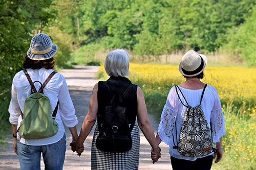 Wandernde Frauen